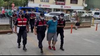 Kuşadası açıklarında lastik botta FETÖ üyeliğinden aranan 2 kişi yakalandı