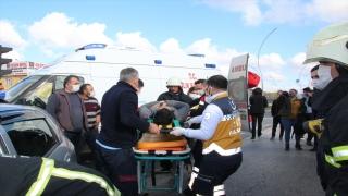 Tekirdağ'da tır ile otomobil çarpıştı: 4 yaralı