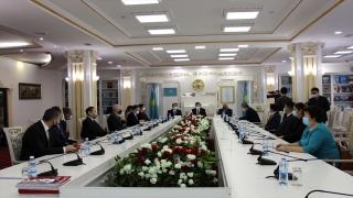 """Türkiye'nin Nur Sultan Büyükelçisi Ekici: """"Nazarbayev, Türk dünyasının birleşmesine önemli katkılarda bulundu"""""""