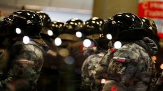 Rus muhalif Navalnıy, Berlin dönüşü Moskova'daki havaalanında gözaltına alındı