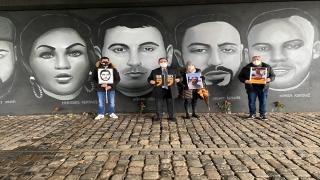Almanya'nın Hanau kentindeki ırkçı terör saldırısının kurbanları Frankfurt'ta anıldı