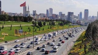 İstanbul'da kısmi kapanmaya saatler kala trafik yoğunluğu oluştu
