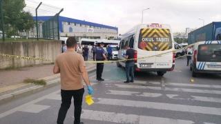 Kocaeli'de işçileri taşıyan servis minibüsüne silahlı saldırı: 4 yaralı