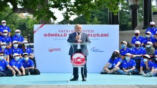 Fatih'te gönüllü turizm elçileri göreve başladı