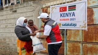 Sadakataşı Derneği, Kenya'da 2 bin 353 aileye kurban eti dağıttı