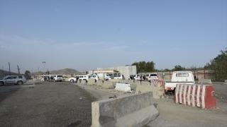 Kabil'deki tahliye izdihamı, geride araç hurdalığı bıraktı