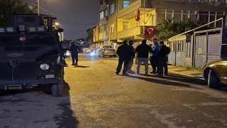 Sancaktepe'de 2 bekçi pompalı tüfekle yaralandı