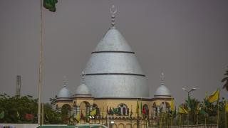 Sudan'da Mevlit Kandili meydanlarda kutlanıyor