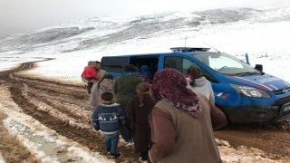 Kahramanmaraş kar yağışı nedeniyle mahsur kalan 30 yaylacı kurtarıldı