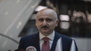 """Ulaştırma ve Altyapı Bakanı Adil Karaismailoğlu: """"Trenlerimiz yüzde 50 kapasiteyle çalışıyor, diye bilet ücretlerinde artış söz konusu değildir."""""""