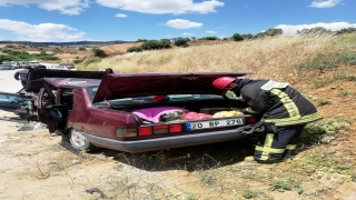 Denizli'de iki otomobil çarpıştı: 5 yaralı