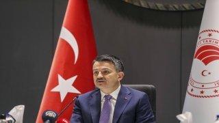 Bakan Pakdemirli, Adana tarım ve orman sektörü temsilcileriyle görüştü: