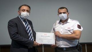 Baltalı saldırganın AA Genel Müdürlüğüne girmesini engelleyen güvenlik görevlileri ödüllendirildi