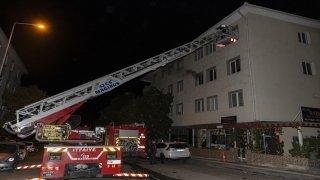 Başkentte evinde çıkan yangında yalnız yaşayan kişi hayatını kaybetti