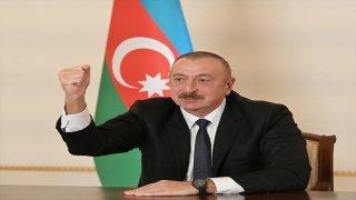 """İlham Aliyev: """"Ateşkes isteyenler Ermenistan'a silahlar gönderiyor"""""""