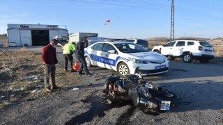 Kars'ta özel harekat polisi motosiklet kazasında yaralandı