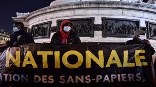 Sınır Tanımayan Doktorlar örgütü sığınmacılara şiddet uygulayan Fransız polisini şikayet etti