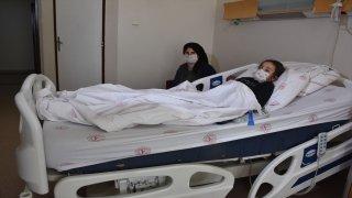 Şırnak'ta böbreğinde 2 santimetrelik taş çıkarılan 10 yaşındaki çocuk sağlığına kavuştu