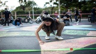 Tayland'da muhalifler darbe iddialarına karşı sokaklara indi