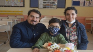 MHP lideri Bahçeli'den matematik yarışmasında dünya şampiyonu olan Yusuf Eymen'in ailesine tebrik telefonu