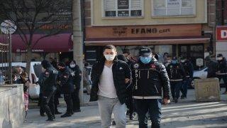 Eskişehir'de düzenlenen uyuşturucu operasyonunda 11 şüpheli yakalandı