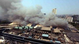 Hindistan'da Kovid19 hastalarının tedavi gördüğü hastanede çıkan yangında 9 kişi öldü