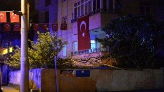 Zeytin Dalı Harekat bölgesinde şehit olan Uzman Çavuş Ahmet Akdal'ın ailesine acı haber verildi