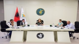 Arnavutluk'taki genel seçimin nihai sonuçları açıklandı