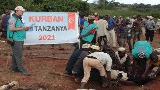 Cansuyu Derneği, Tanzanya'da 198 bin kişiye kurban eti ulaştırdı