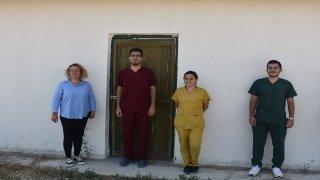 Afyonkarahisar'da tedavileri tamamlanan 12 kerkenez kuşu doğal ortamına bırakıldı