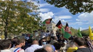 Fransa'da, Afganistan halkına destek amacıyla gösteri düzenlendi